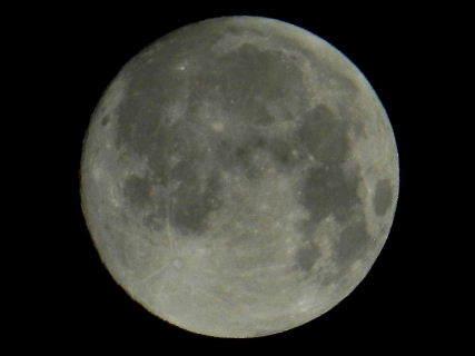 2016-08・18 葉月の空に輝く満月.JPG